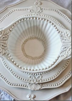 Vintage Dishes, Vintage China, Vintage Dishware, Vintage Pottery, Beautiful Table Settings, White Dishes, Butler Pantry, Shades Of White, Dinner Sets