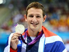 Britain's Michael Jamieson won the silver medal in the 200m breaststroke behind a world-record swim from Hungary's Daniel Gyurta. Japan's Ryo Tateishi won the bronze.