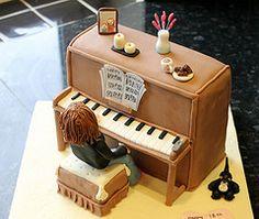 IMG_2609 (OooGoOnThen) Tags: cake cat piano stool pianist fondant sugarpaste