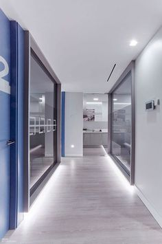 Laughable Dental Implants Before And After Posts Medical Office Interior, Dental Office Decor, Medical Office Design, Modern Office Design, Office Interior Design, Office Interiors, Dental Design, Clinic Design, Chiropractic Office Design