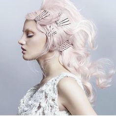 Lovee this style and luscious pastel color design posted by @hugosalon #hotonbeauty