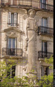 ".Психолог онлайн. ""Психология личного пространства"" http://psychologieshomo.ru A very special building ... you'd have to feel very safe in a building that glorifies the angels of God."