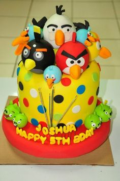 Angry Bird Cake (all birds on top)