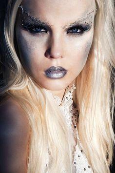 Ghost Queen Halloween Makeup
