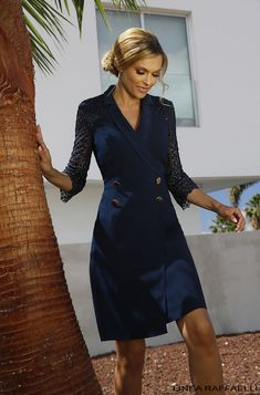 Linea Raffaelli Tenerife 19/20 collection Set 2   Navy blue, wrap dress with lace sleeves #LineaRaffaelli #Tenerife19/20 #specialoccasionwear #weddingguest #suite #shortdress #bluedress #lacedress #wrapdress #occasionwear #bruidsgasten #feestkleding #suite