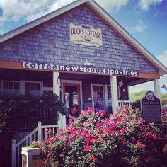 Duck's Cottage Coffee & Bookshop in Duck, NC