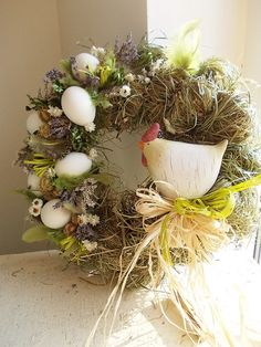Slípka ... :-) Door Crafts, Wreath Crafts, Easter Art, Easter Crafts, Easter Wreaths, Christmas Wreaths, Ester Decoration, Easter Projects, Easter Parade