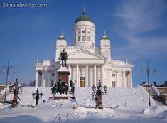 Photo: Helsinki - capital of Finland: cathedral of Helsinki Places In Europe, Tourist Places, Beautiful Buildings, Beautiful Places, Finland Country, Visit Helsinki, Regions Of Europe, Lapland Finland, Enjoy Your Vacation