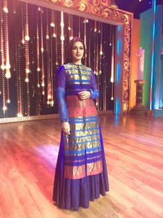 Sonali Bendre Behl in Akaaroas a judge on the reality show 'India's Best Drameebaaz 2' STYLIST: Shreya Anand
