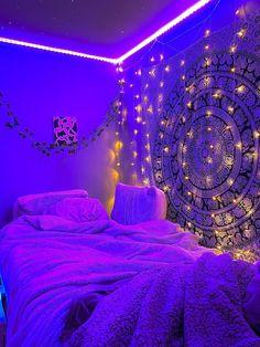 Neon Bedroom, Cute Bedroom Decor, Bedroom Decor For Teen Girls, Room Design Bedroom, Teen Room Decor, Room Ideas Bedroom, Bedroom Inspo, Chill Room, Cozy Room