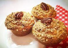 Recept na banánové muffiny s pekanovými ořechy krok za krokem. Cupcakes, Breakfast, Food, Kitchen, Ideas, Morning Coffee, Cupcake, Cooking, Eten