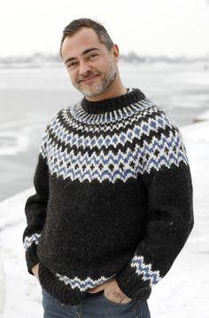 Strik en sweater mage til Bonderøvens Baby Knitting Patterns, Knitting Designs, Free Knitting, Icelandic Sweaters, Wool Sweaters, Nordic Sweater, Men Sweater, Knitted Cape Pattern, Knit Picks