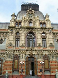 Architectural monuments in buenos aires one must surely visit in buenos aires. Interesting Buildings, Beautiful Buildings, Beautiful Places, Neoclassical Architecture, Historical Architecture, Argentina South America, Palermo, South America Destinations, Chile