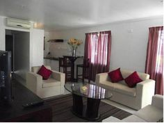 Hibiscus Apartments Fiji Nadi Offering modern, self-contained apartments with free Wi-Fi and a private balcony, Hibiscus Apartments Fiji are just 10 minutes' walk from Wailoaloa Beach. Guests can relax on sun loungers surrounded by tropical gardens.