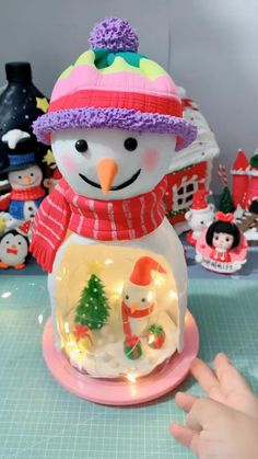 Clay Crafts For Kids, Christmas Crafts To Make, Christmas Ornament Crafts, Holiday Crafts, Polymer Clay Christmas, Polymer Clay Crafts, Diy Clay, Creative Crafts, Diy Crafts