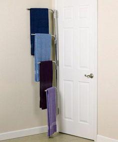 Porte serviette bois mural échelle ou sur pied en 45 idées