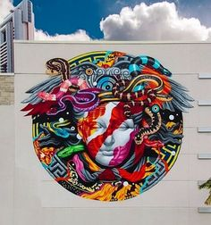 "by: Tristan Eaton ""Versace wall"" (Pow! Wow! festival) (2014)"