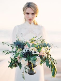 Organic floral design | Kyle John Photography | see more on: http://burnettsboards.com/2014/07/poetic-ocean-themed-bridal-editorial/