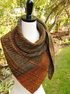 Paid Ravelry: Lochlyn Shawl pattern by Judy Marples