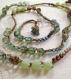 Groen melkachtig waterkristallen duidelijk door LisasWishingWELL