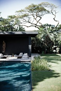 Swimming Pool Ideas : Home of architect Joy Brasler in Durban, South Africa… Outdoor Areas, Outdoor Rooms, Outdoor Living, Landscape Architecture, Landscape Design, Garden Pool, Backyard Pools, Sunken Garden, Balcony Gardening