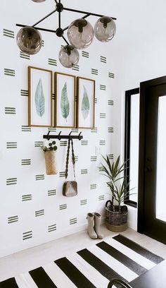 Diy Wall Decor, Diy Home Decor, Bedroom Decor, Wall Decorations, Bedroom Wall, Boho Decor, Magnolia Home Collection, Hallway Ideas Entrance Narrow, Modern Hallway