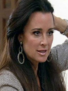 The Real Housewives of Beverly Hills Kyle Richards GOLD PLATED SWAROVSKI CRYSTAL DOUBLE HOOP CLIP EARRINGS