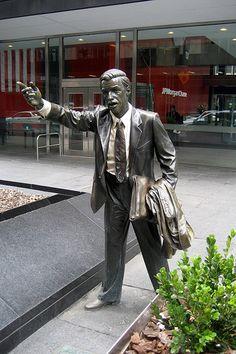 NYC statue - Taxi! Outdoor Sculpture, Modern Sculpture, Outdoor Art, Sculpture Art, I Love Ny, Roadside Attractions, Concrete Jungle, Land Art, Public Art