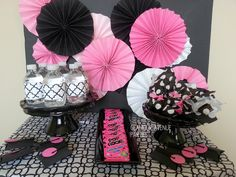 We Heart Parties: Party Information - A Modern Pink, Black and White Spa Party by Glamour Avenue Parties