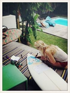 Surf, draw, live, create. Home, garden, pool.