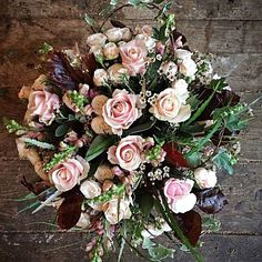 Hello December! Perfect Winter bouquet by @philippacraddock . . . #meijerroses #flowers #flowerstagram #flowerpower #weddings #weddinginspiration #flowerslover #weddingflowers #weddingideas #bride #flowermagic #weddingday #weddingstyle #weddingtime #weddinginspo #weddingseason #bridetobe #photooftheday #weddings #weddingdecor #weddingparty #flower #flowerstalking #bohowedding #rusticwedding