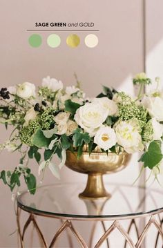Sage looks so elegant with ivory and gold. A perfect color combination for all seasons.