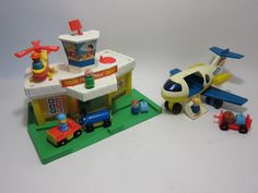 Fisher price JetPort Airport Little people toy vintage Play set 1980s toy Vintage Air Port Jet Port