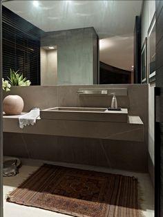 Eliane Pinheiro - wash hand basin etc for upstairs bathroom