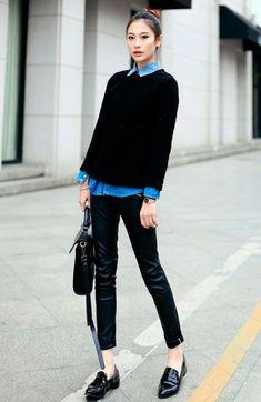 Camisa jeans deu luz ao look all black, chic e perfeito para o escritório. Quem disse que os sapatos flats não são elegantes? Invistam sempre, além de bonitos, são confortáveis.. Tem modelo ideal aqui -http://buyerandbrand.com.br/mododeusarmoda/?bi=2oCqNTfe e aqui tem camisa jeans perfeita -http://buyerandbrand.com.br/mododeusarmoda/?bi=2pQ15wk