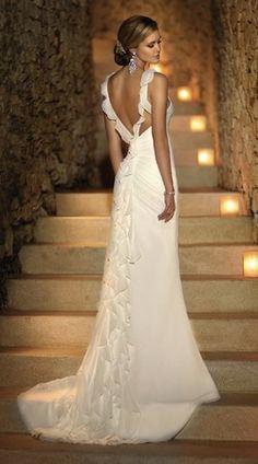 139 best Beach Wedding Dresses images on Pinterest | Bridal gowns ...