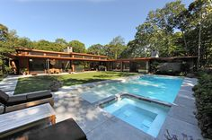Amagansett House by Kevin O'Sullivan + Associates Beautiful Architecture, Landscape Architecture, Interior Architecture, Pool Fountain, Outdoor Living, Outdoor Decor, Mid Century Modern Design, Pool Houses, Home Interior Design