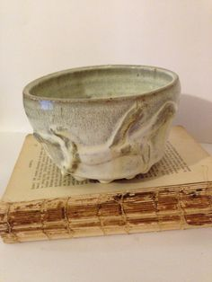 Primitive Stoneware Lizard Pottery Bowl~ Small Gray Decorative Bowl, Vintage, Rustic Pottery, Beach Decor, Coastal Pottery, Kitchen Bowl by ThePokeyPoodle on Etsy