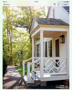 Columns and railing? Side and back porch? Def use lantern scones all 3 porches traditional-porch. Porch Railing Designs, Front Porch Design, Railing Ideas, Porch Railings, Pergola Ideas, Porch Kits, Porch Ideas, Door Ideas, Veranda Design