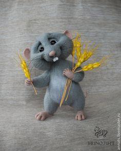 Купить Крыс аграрий - серый, крыса игрушка, подарок, войлочная игрушка, интерьерная игрушка, мышь