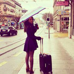 Mimi Ikonn   Feminine coat, full skirt , street style