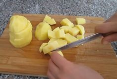 Çıtır Kahvaltılık Tarifine Bayılacaksınız Cake Recipes, Pineapple, Food And Drink, Fruit, Humor, Kitchens, Easy Cake Recipes, Pine Apple, Humour