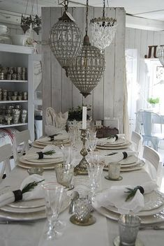 dining rooms, table settings, hanging lights, lighting, vintage, mercury glass, light fixtures, chandeliers, white