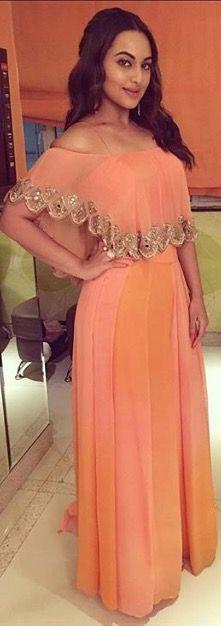 By designer Arpita Mehta. Bridelan- Personal shopper & style consultants for Indian/NRI weddings, website www.bridelan.com  #ArpitaMehta #WeddingLehenga #Bridelan #BridelanIndia. Indian Attire, Indian Ethnic Wear, Indian Outfits, Fashion Hub, Indian Fashion, Dress Designs For Girls, Wedding Wear, Wedding Dresses, Cape Dress