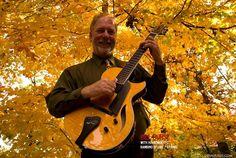via Benedetto Guitars