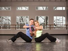 8 Fun Ways to Get Fit Together Research shows pairing up (particularly with a partner who challenges you) makes you push yourself harder. Join fitness forces with that special someone… Fitness Tips, Fitness Motivation, Health Fitness, Fitness Fun, Fit Couples, Couples Exercise, Fitness Couples, I Work Out, Get In Shape