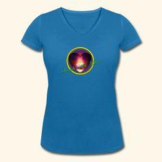 """""""Touch with Love"""" - Aufdruck auf Frauen Shirt. Touch with love stammt von der Webseite: www.touch-with-love.info die von mir betrieben wird."""