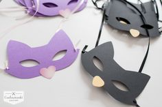 Looking for wedding favors that your guests will want to stash?Wedding thank-you gifts for the youngest guests, children. Cat mask./ Świetny pomysł na prezent dla Twoich najmłodszych gości weselnych, dla dzieci - maski kotka.