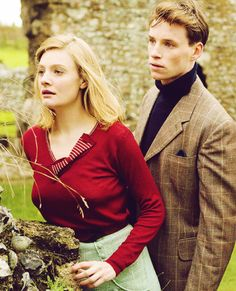 Romola Garai and Eddie Redmayne in Glorious 39