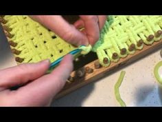(43) How to weave a baby hat - YouTube